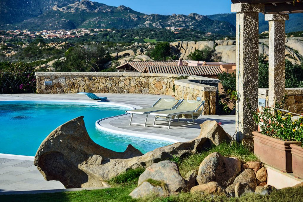 Villa with pool and sea view / Sardinia